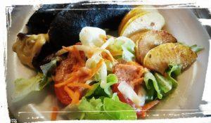 salade boudin noir pommes auberge sapinière ariège languedoc et pas que