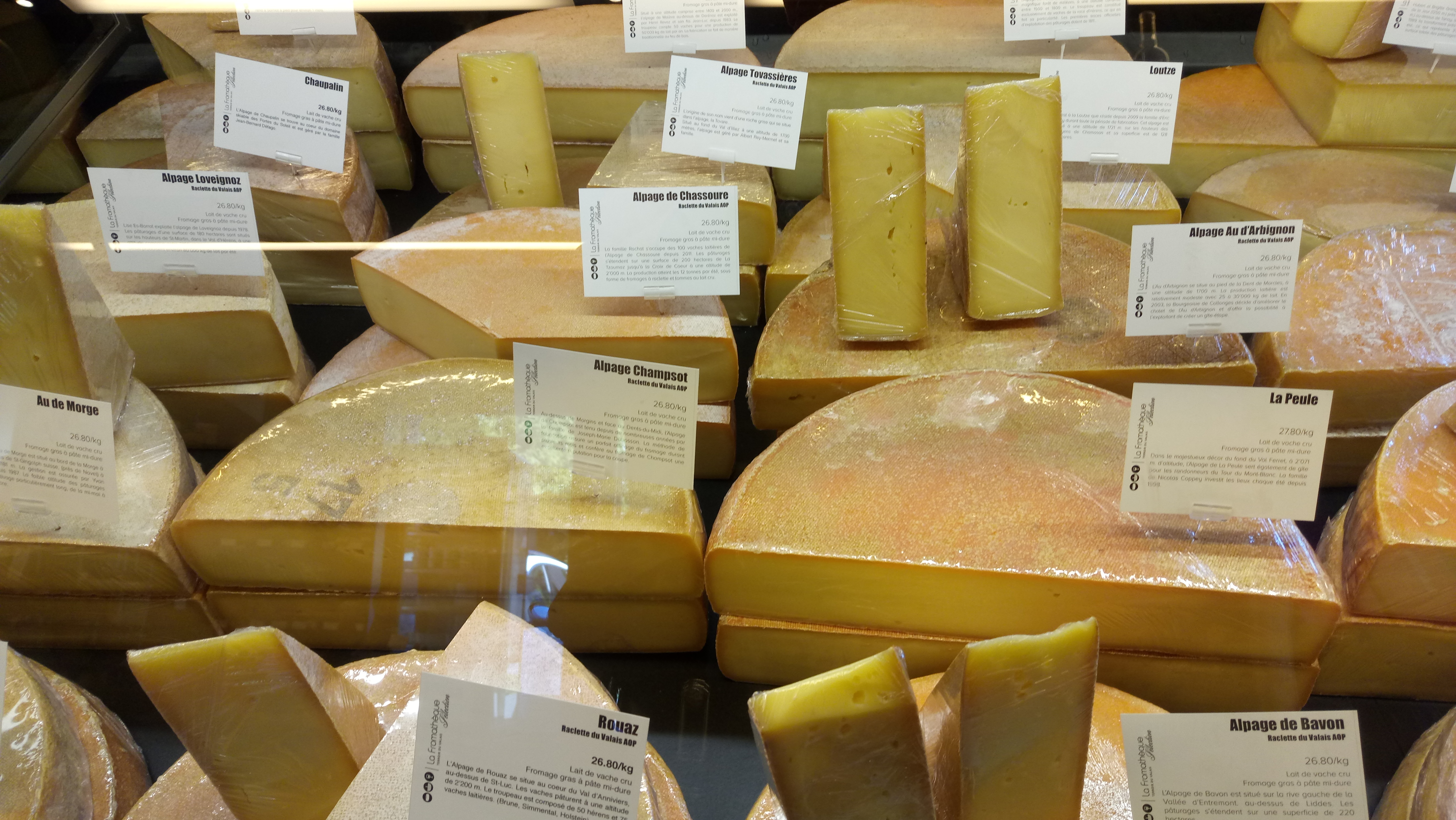 j 39 aime le fromage et vous le fromage suisse aussi sucr sal en languedoc mais pas que. Black Bedroom Furniture Sets. Home Design Ideas