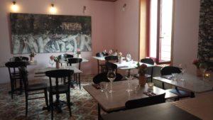 salle petite table sucré salé en languedoc